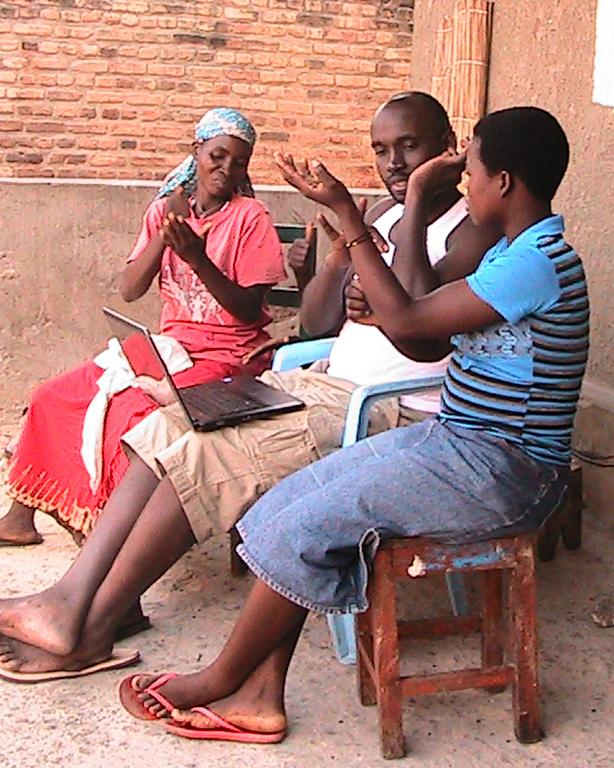 DOOR international_Bible storying