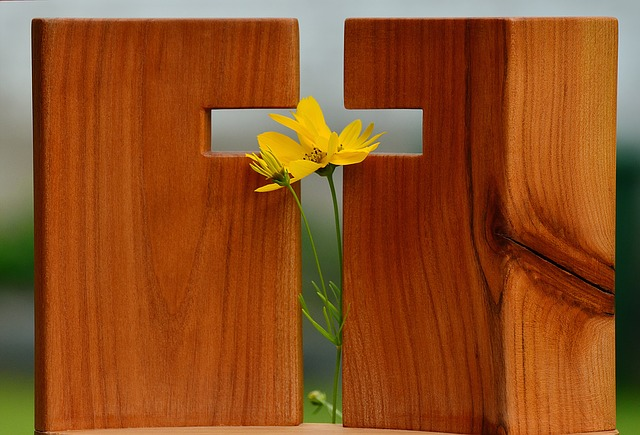 Use Deaf church-finder tool for Easter outreach