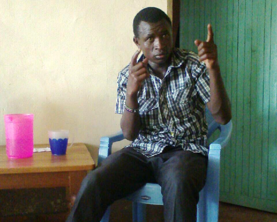 Nigerian Deaf find hope in Scripture
