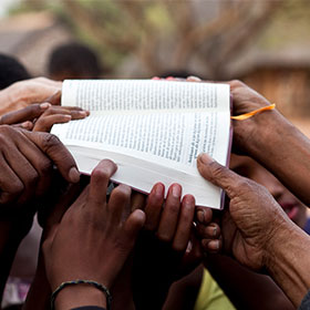 Local churches assist in Bible translation in the Middle East