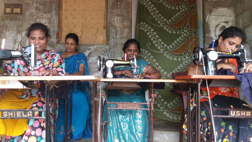 Sewing machines: an opportunity to pay it forward