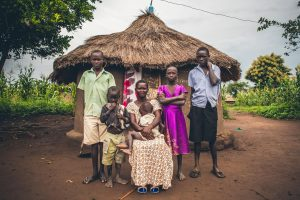 FFH, Uganda, refugee, mother, woman, children, kids, family