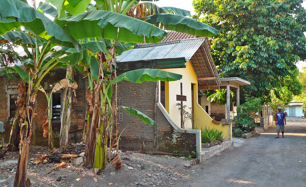 Indonesia: FMI field visit finds increase in radical Islamic presence - Mission ...