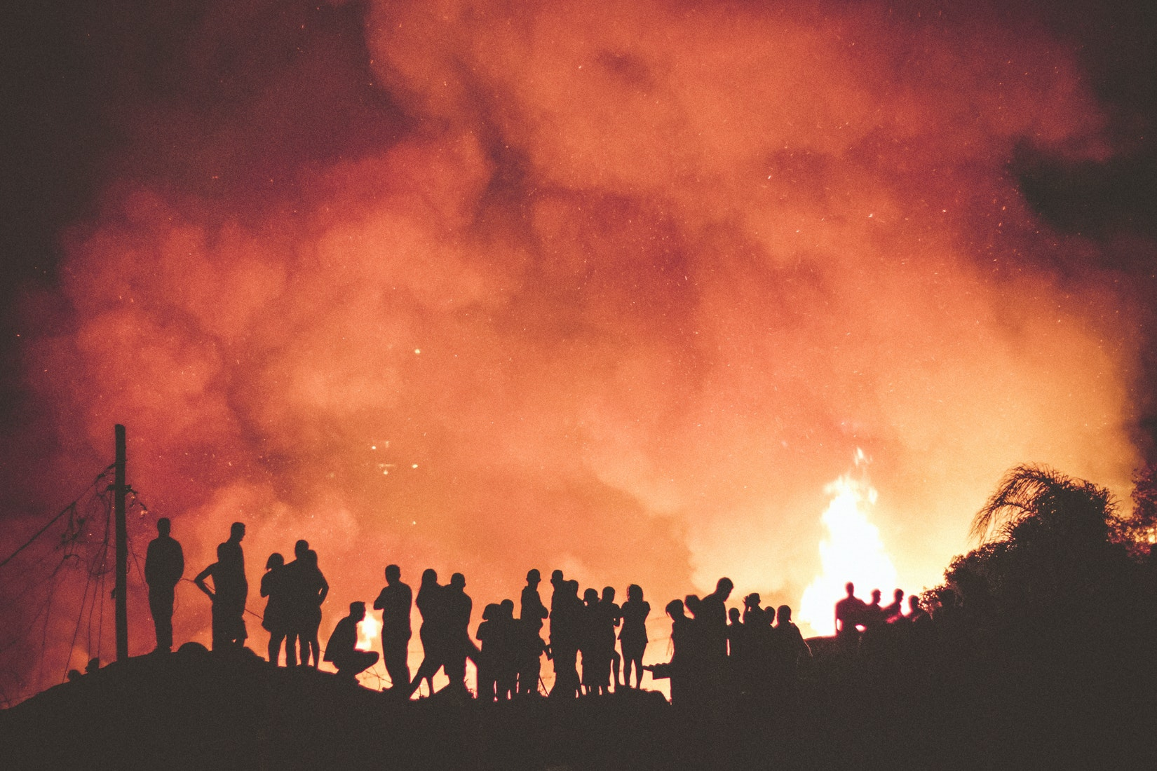 Fires displace more people in Philippines