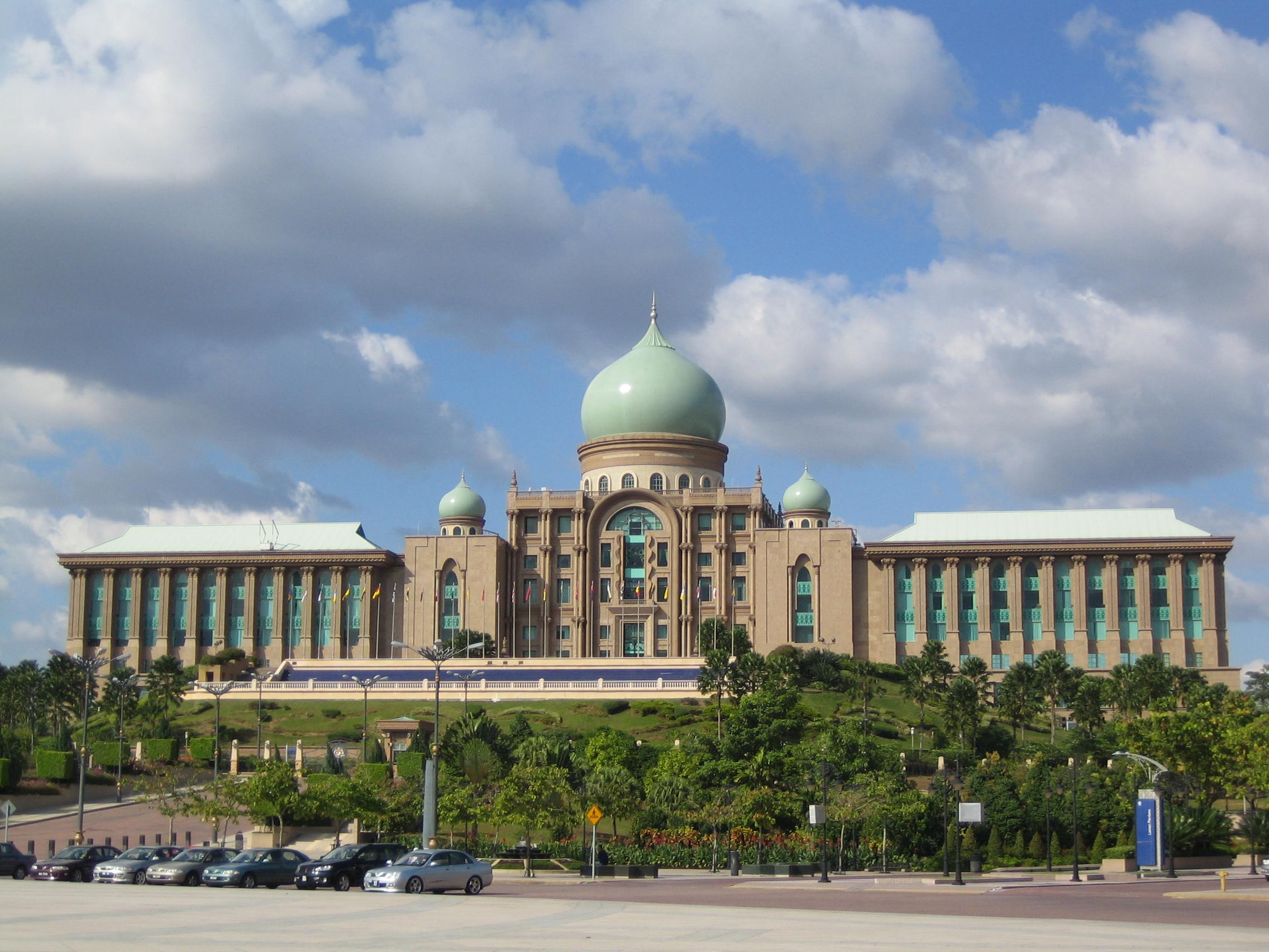 Malaysia: religious freedom in chaos