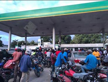 Haiti: gas shortages, tension and prayer.
