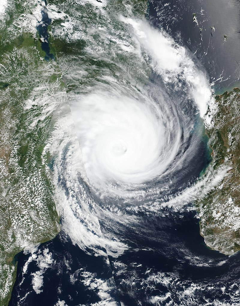 Cyclone Idai looms over Mozambique