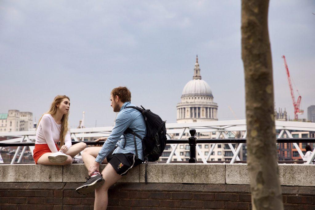 millennials, talking, conversation