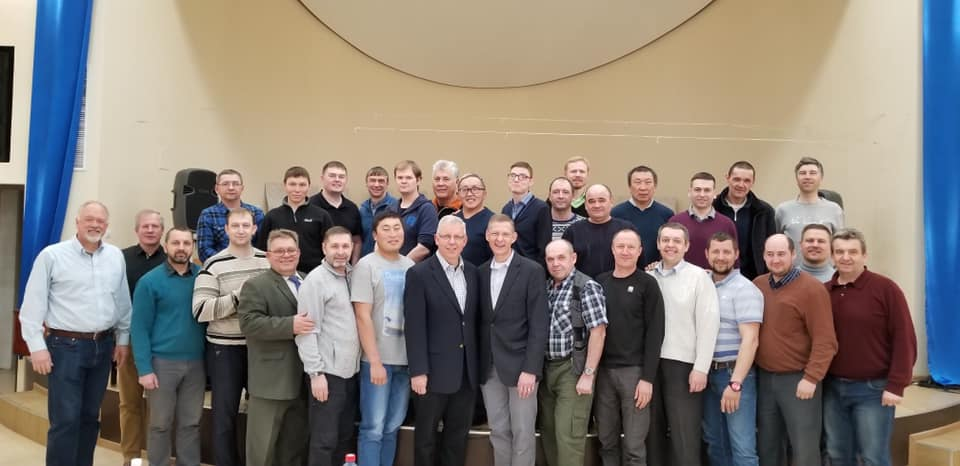 Russian pastors receive biblical counseling training