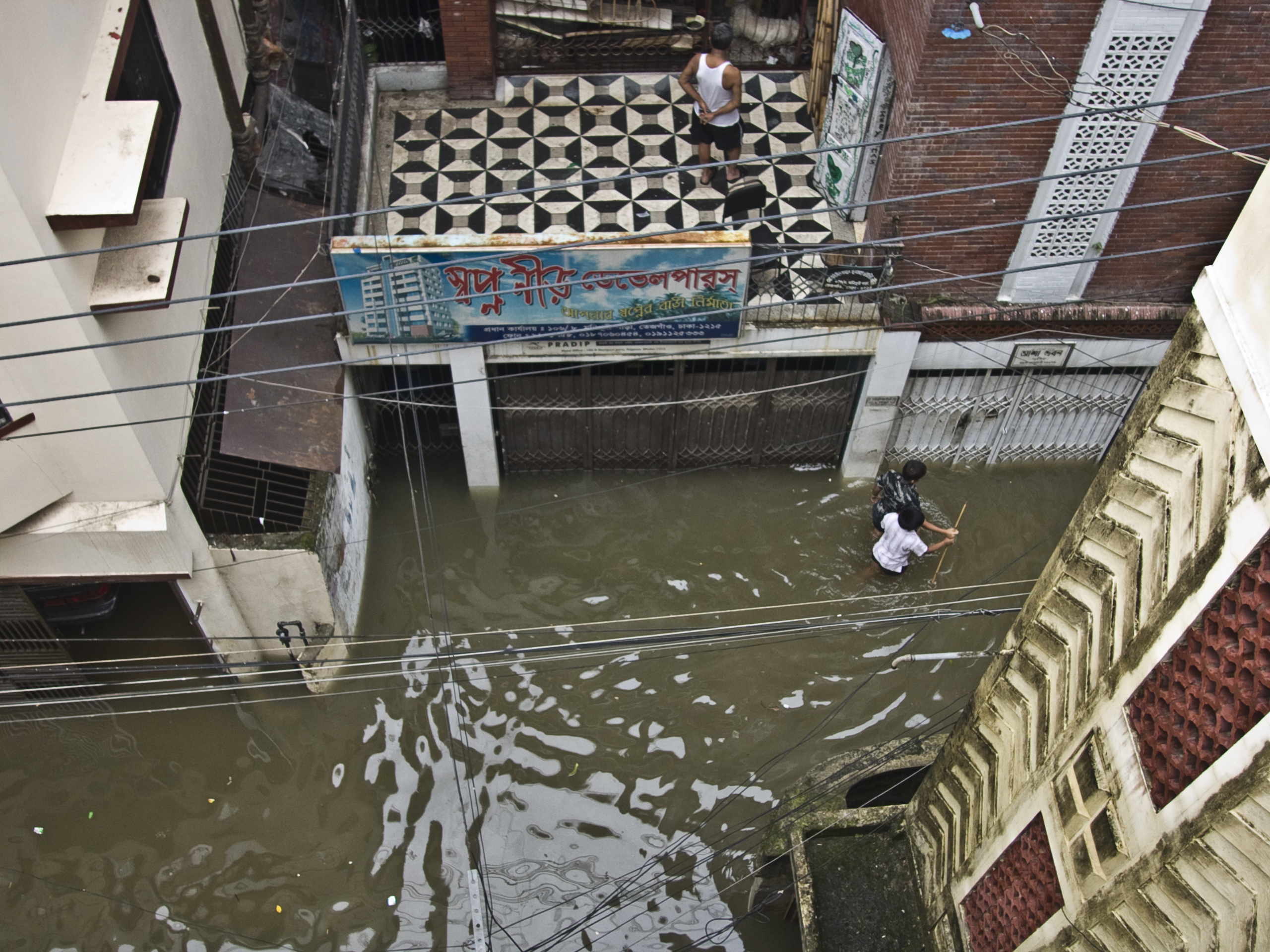 Nepali believers distribute aid to survivors as floodwaters recede