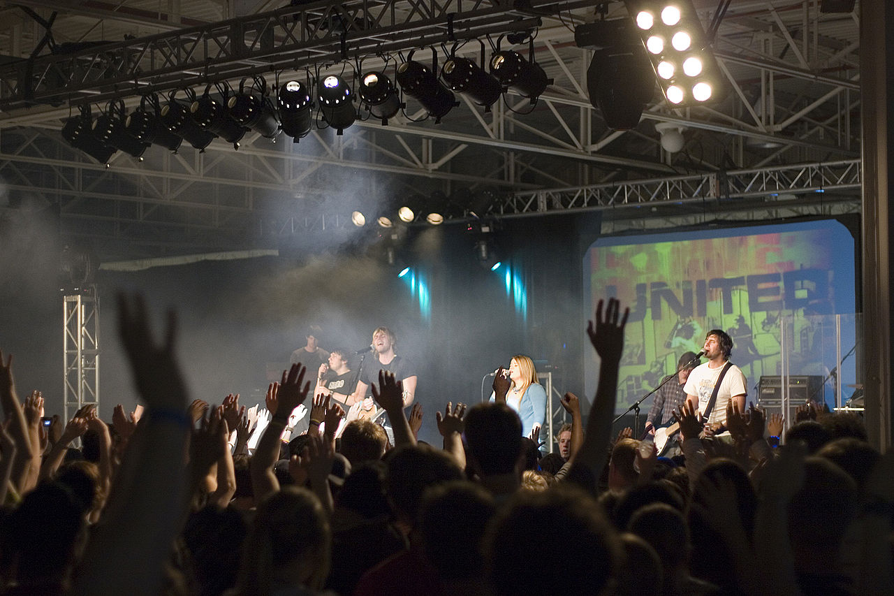 Celebrity Christian faith denials present Gospel opportunities