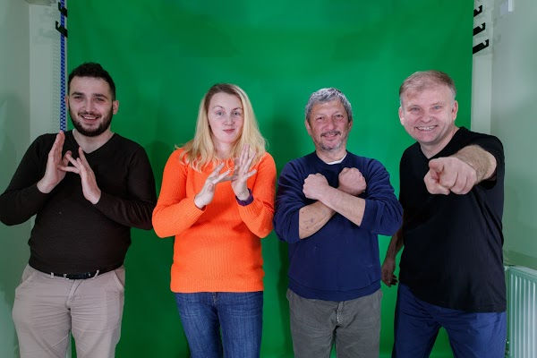 Eurasia Deaf learn that God signs, too