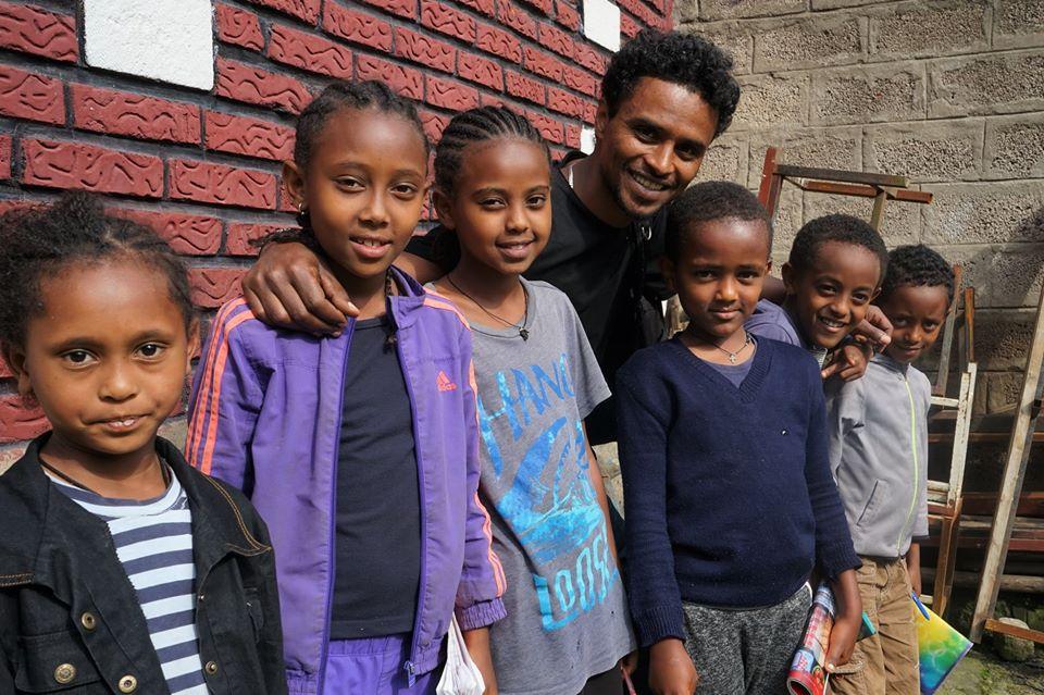 TeachBeyond educates kids surviving on garbage