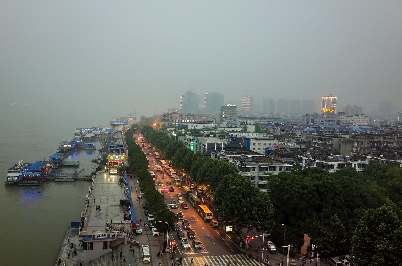 Coronavirus sweeps across China