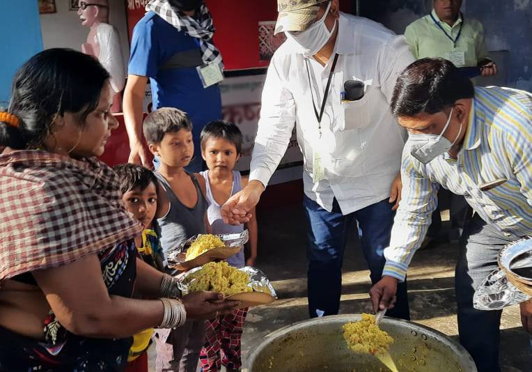 Indian Christians Giving Coronavirus Aid to their Neighbors and Persecutors