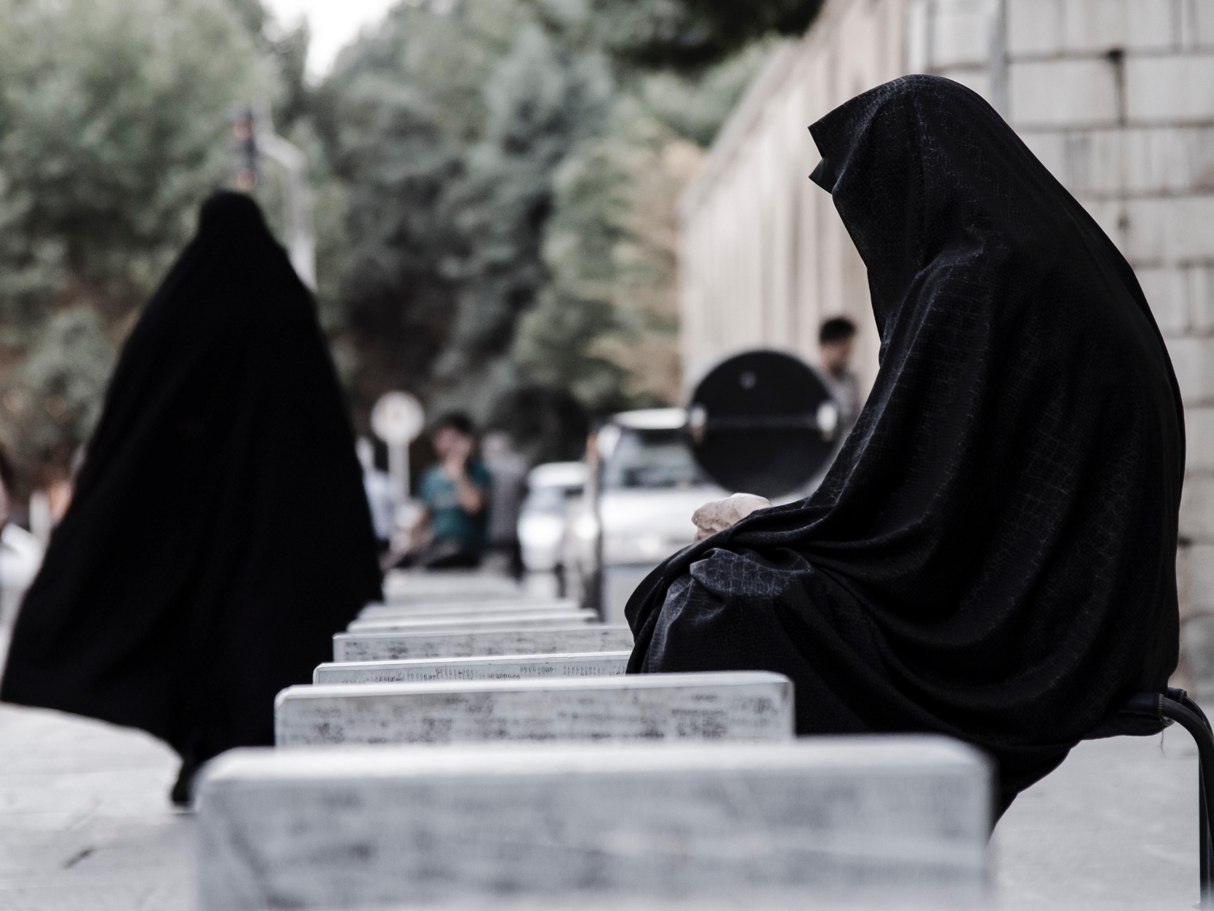 muslim woman, niqab, burka, burqa