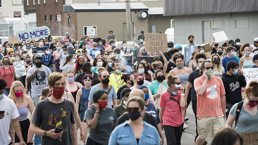 Protests erupt in major U.S. cities in the wake of George Floyd's death