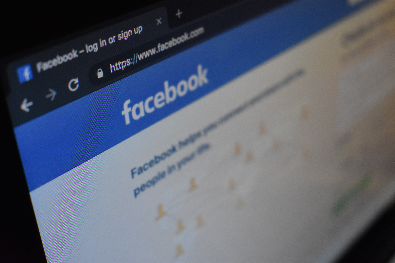 facebook, unsplash