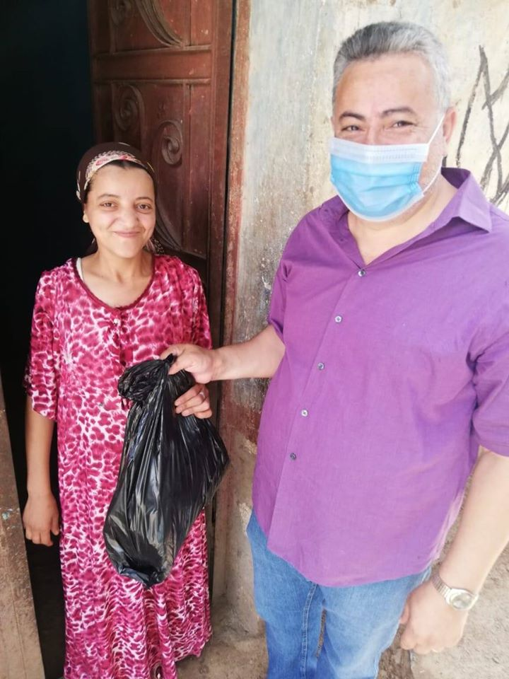People seek hope, answers as Lebanon crumbles
