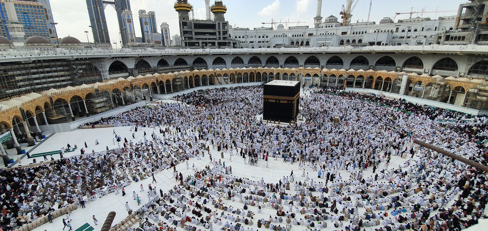 Mecca to limit Hajj visitors to one thousand