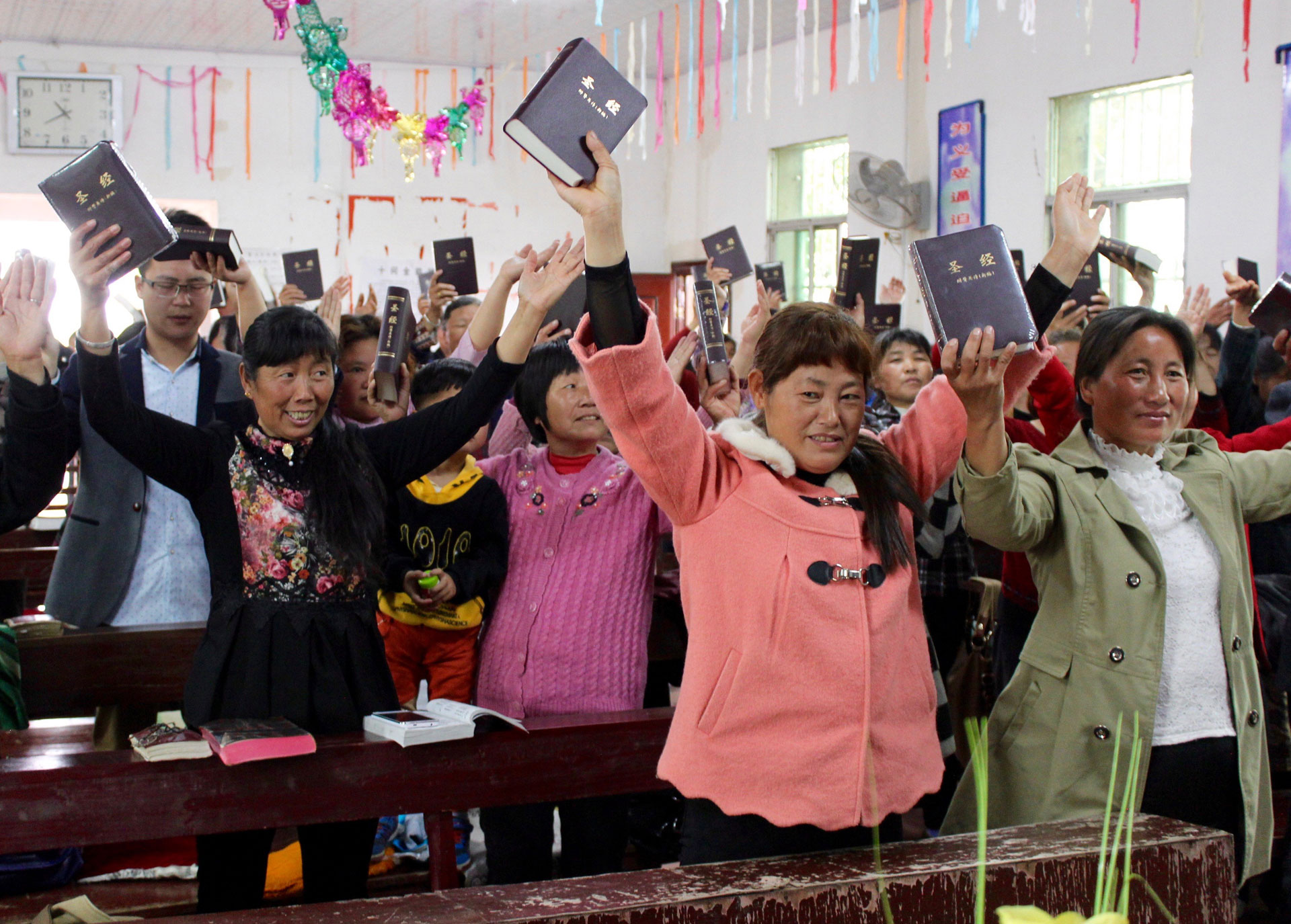 Bible distribution picks up as lockdown restrictions lift in China