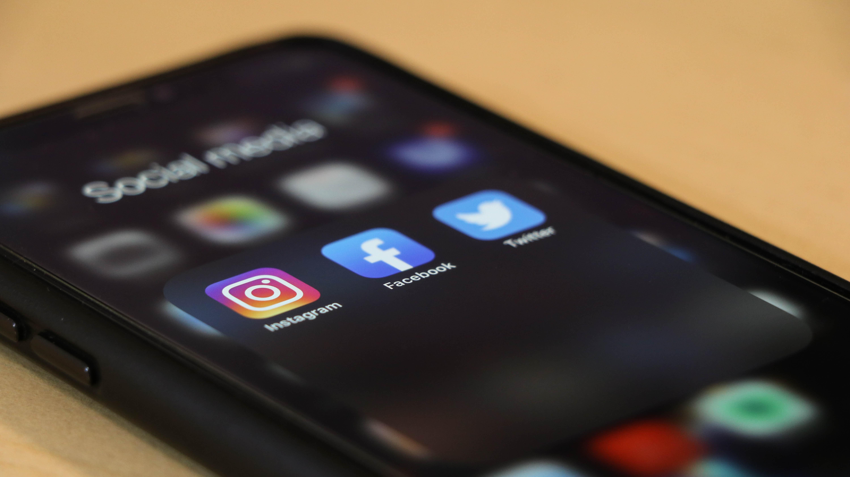 social media, unsplash