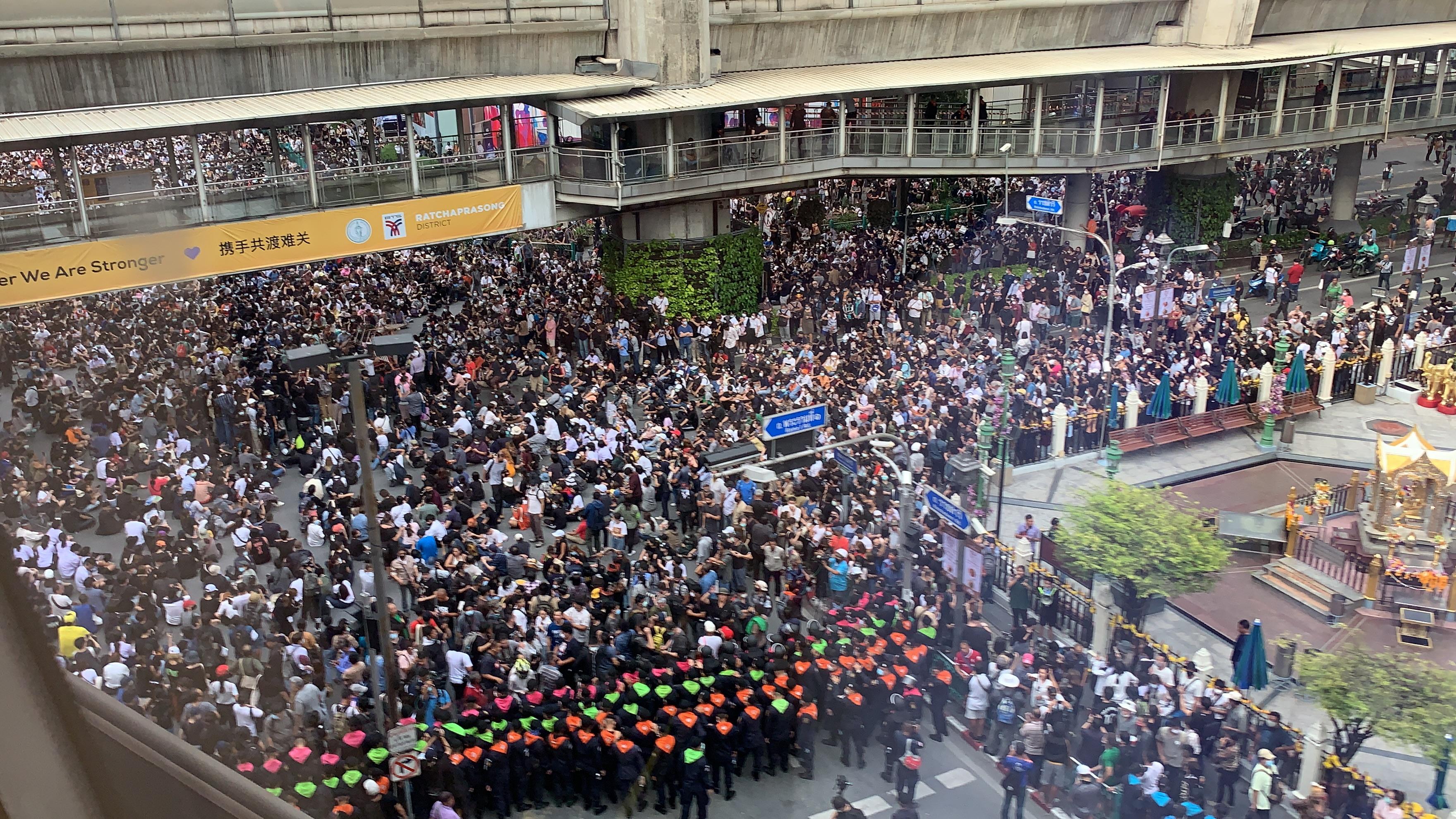 Thai Christians rise above political unrest