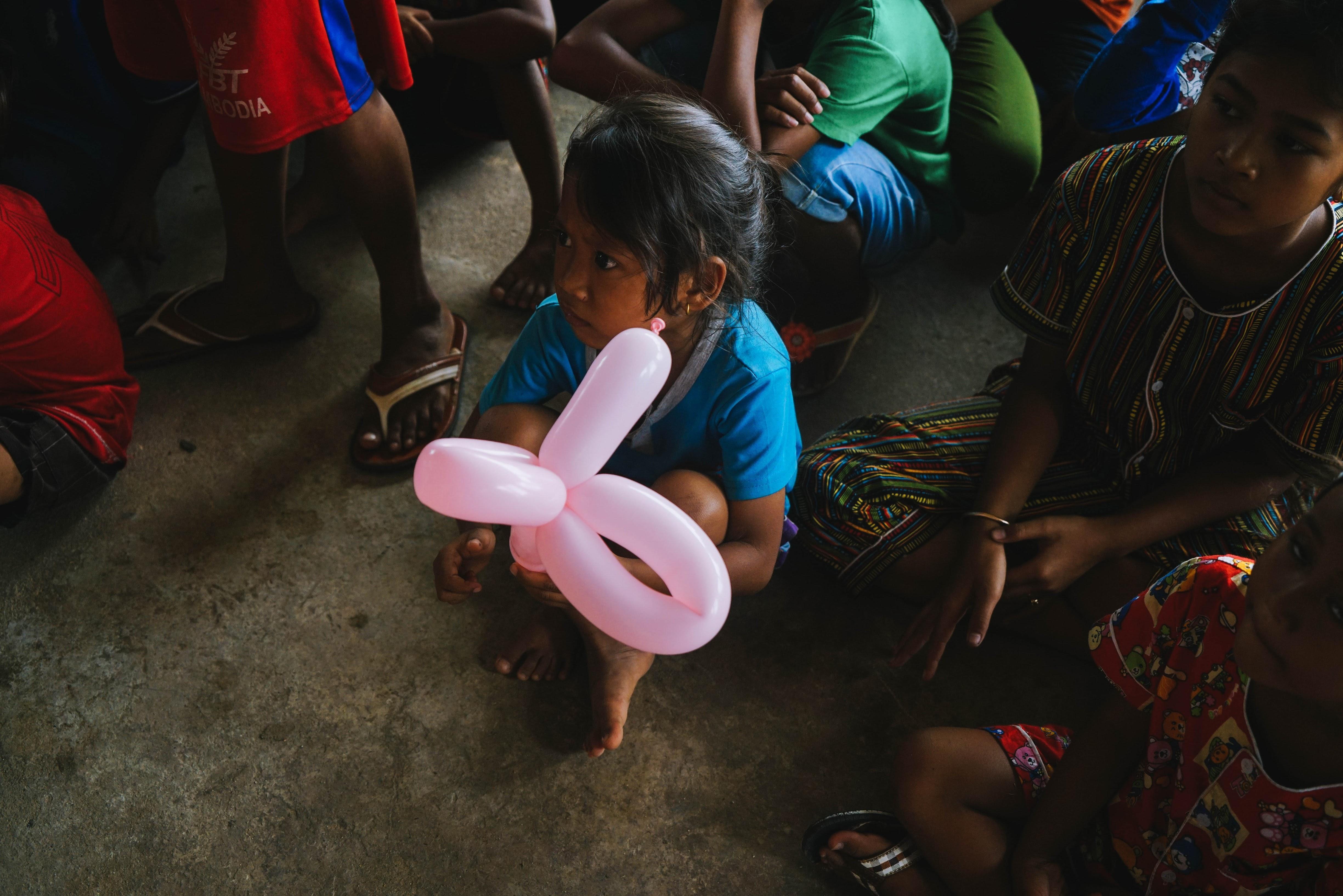 girl, cambodia, unsplash