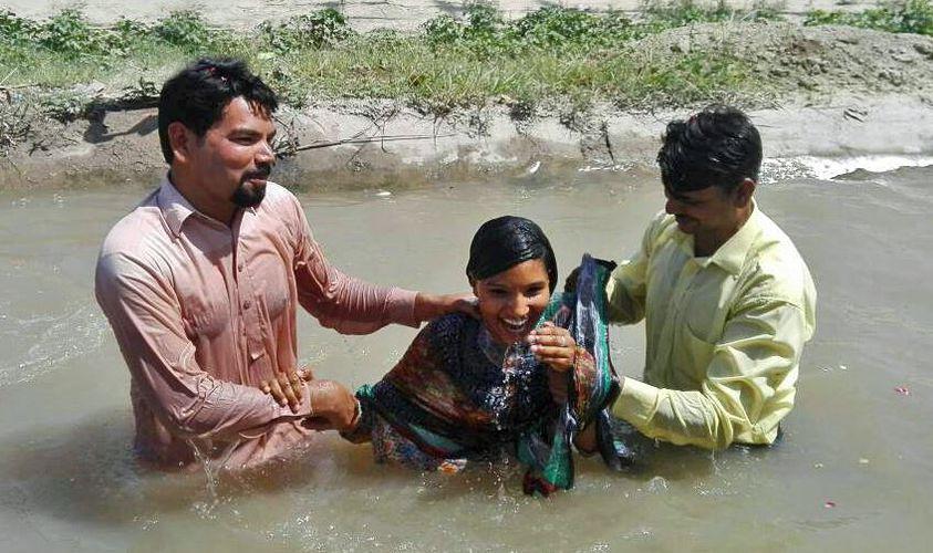 pakistan, baptism
