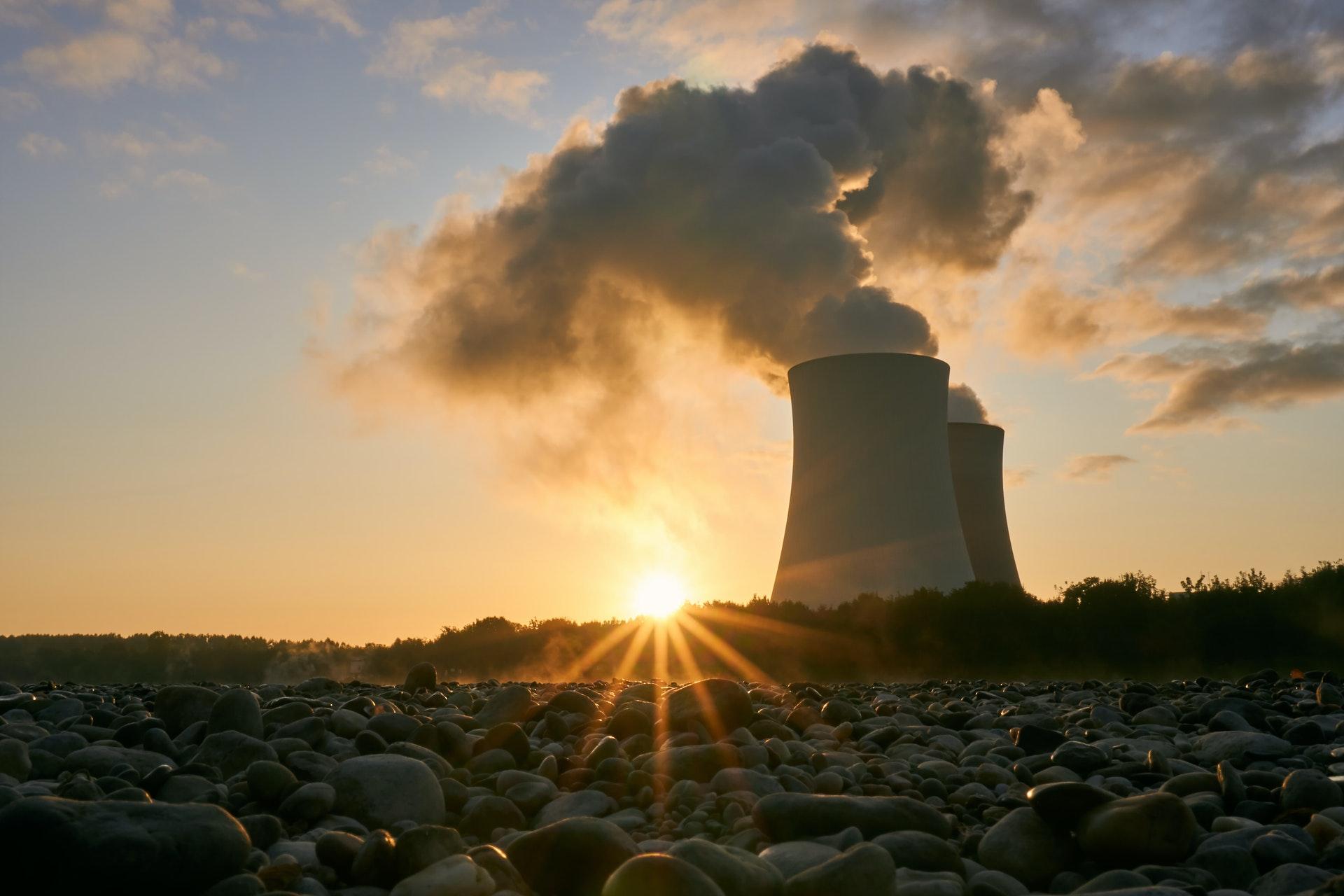 Iran accelerates nuclear development