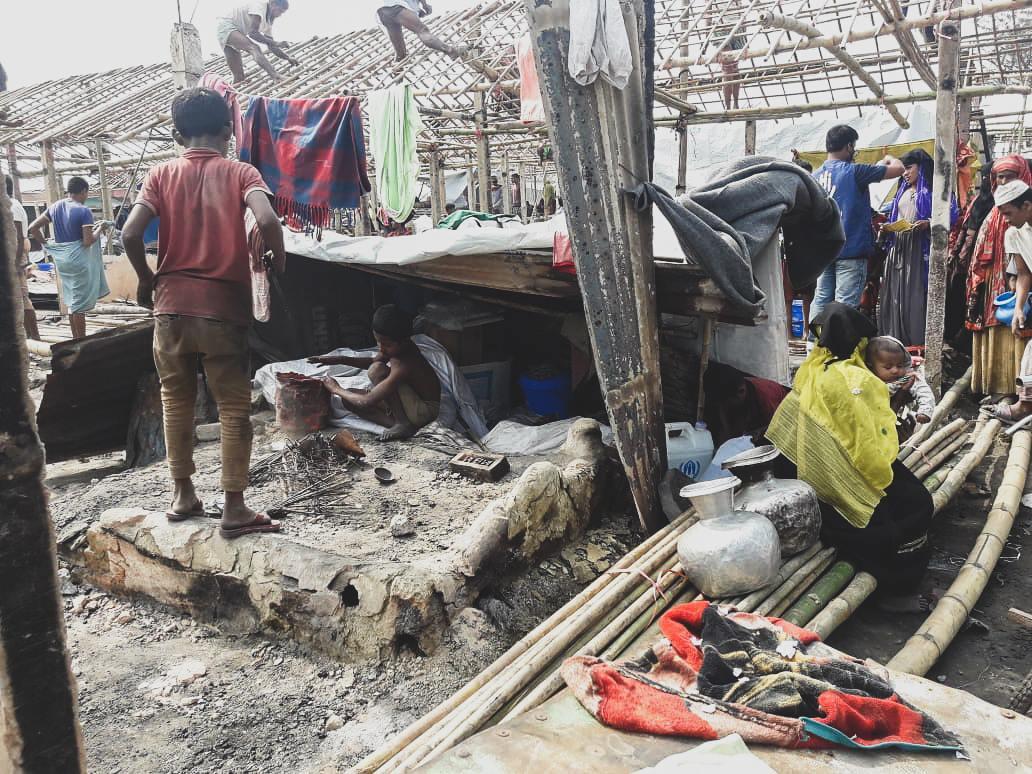Rohingya refugee camp in Bangladesh burns down