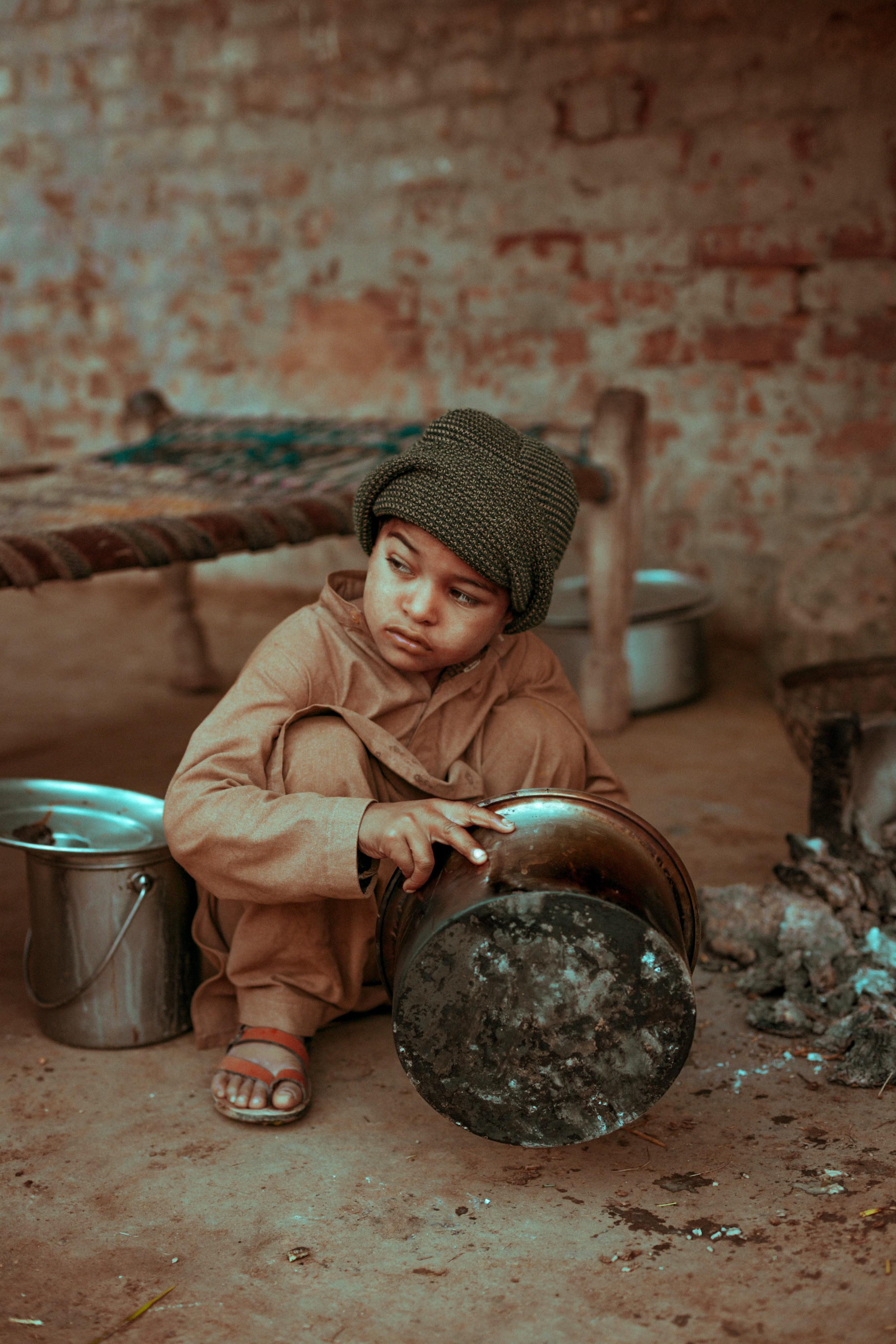 pakistan, child, unsplash, uncharted ministries