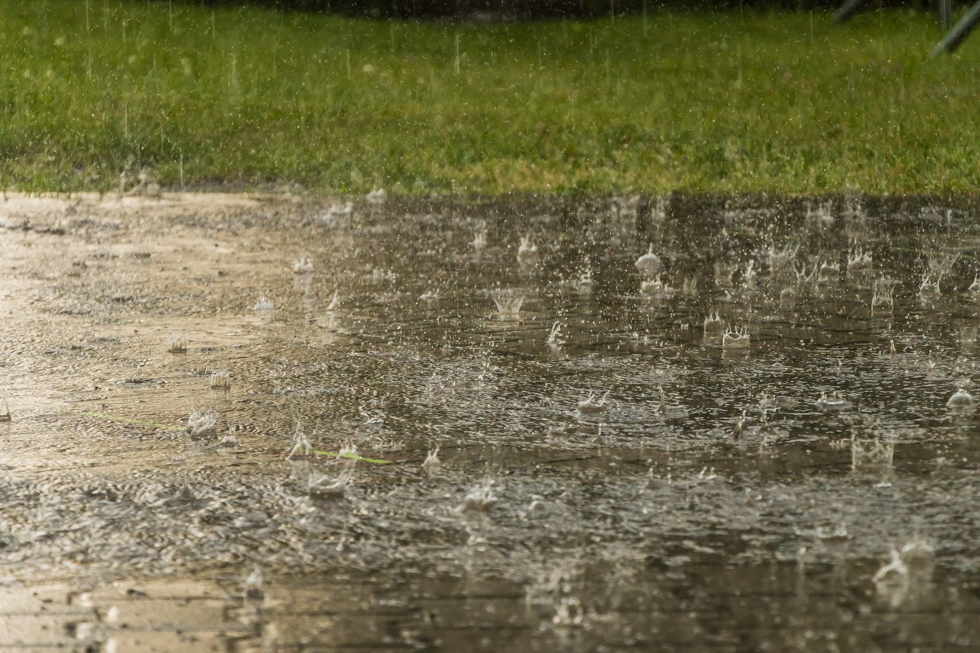 Heavy rains flood northern Haiti