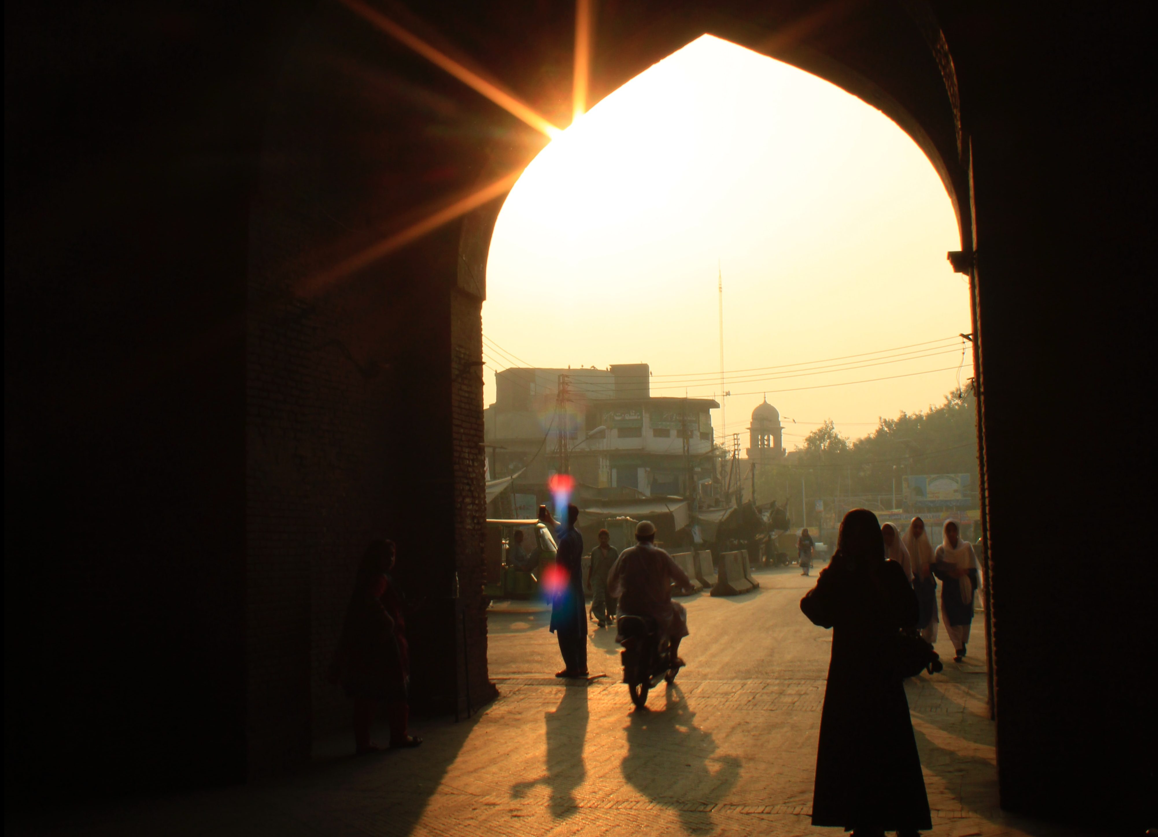 Hundreds of Minority Children Kidnapped in Pakistan Every Year–FMI Urges Prayer that the Gospel will Change Hearts in Pakistan