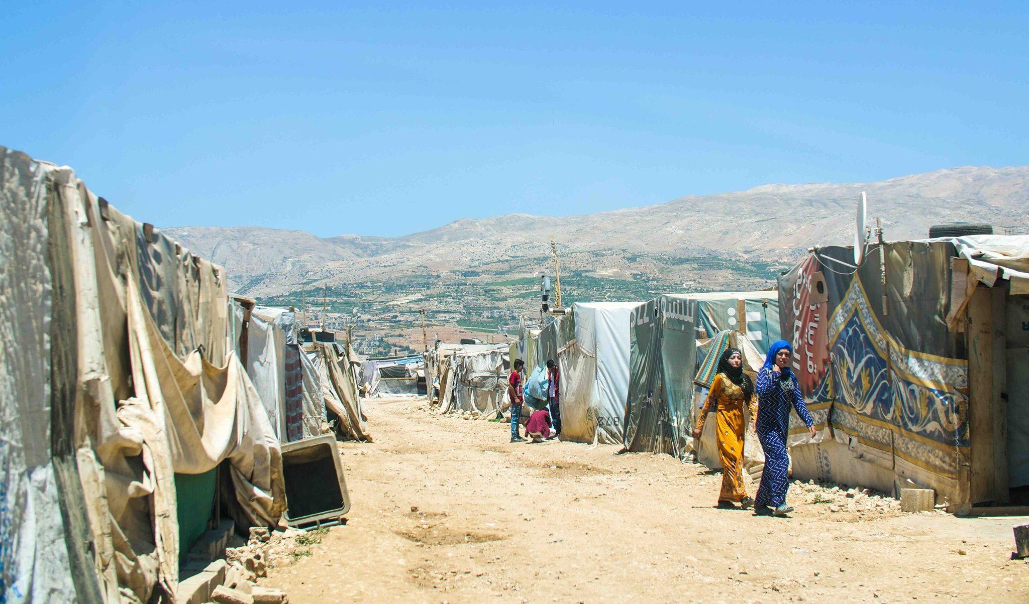 "Lebanon approaching ""social explosion"" warns PM"