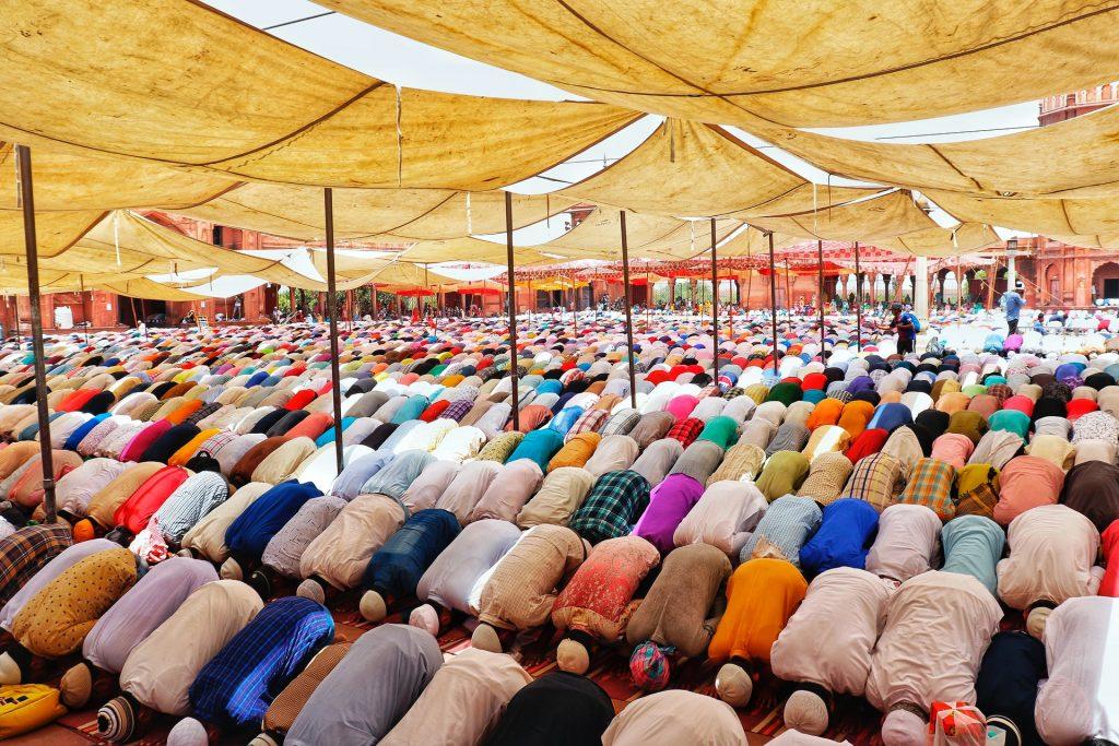 Muslims Worldwide Begin Eid al-Adha