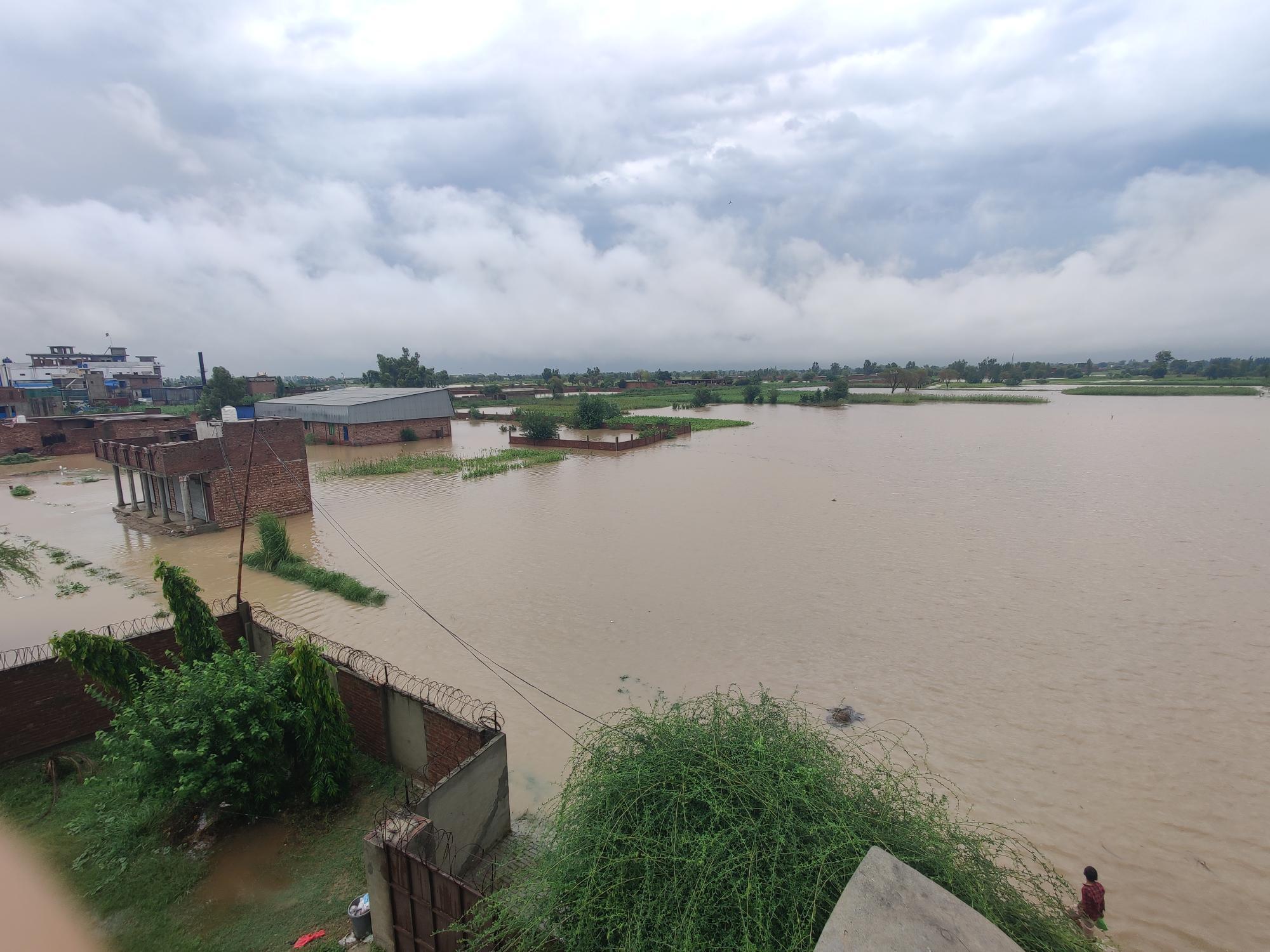 Flooding kills 20 in Pakistan