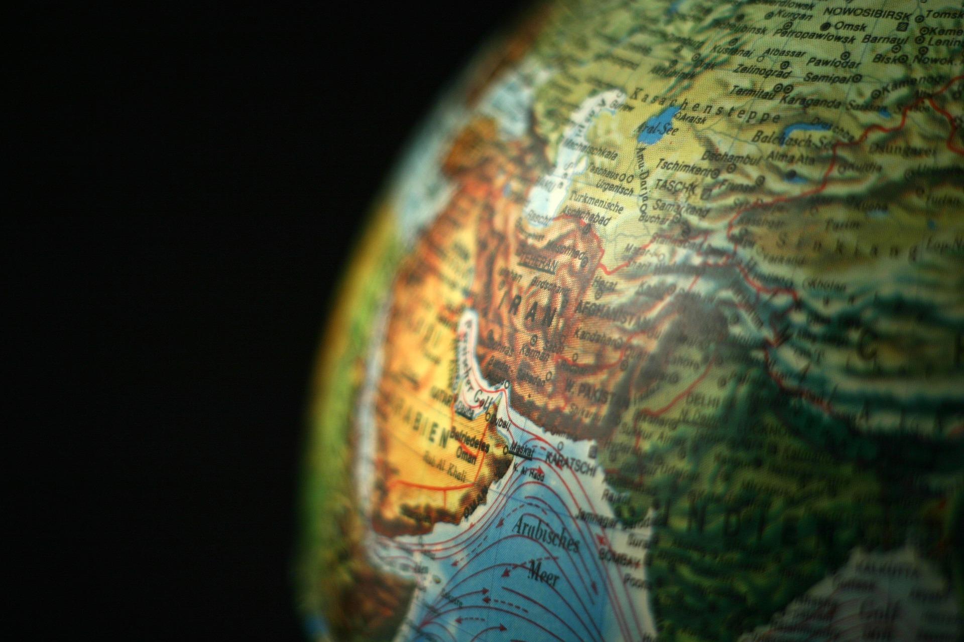 Christians smuggle Bibles into Iran