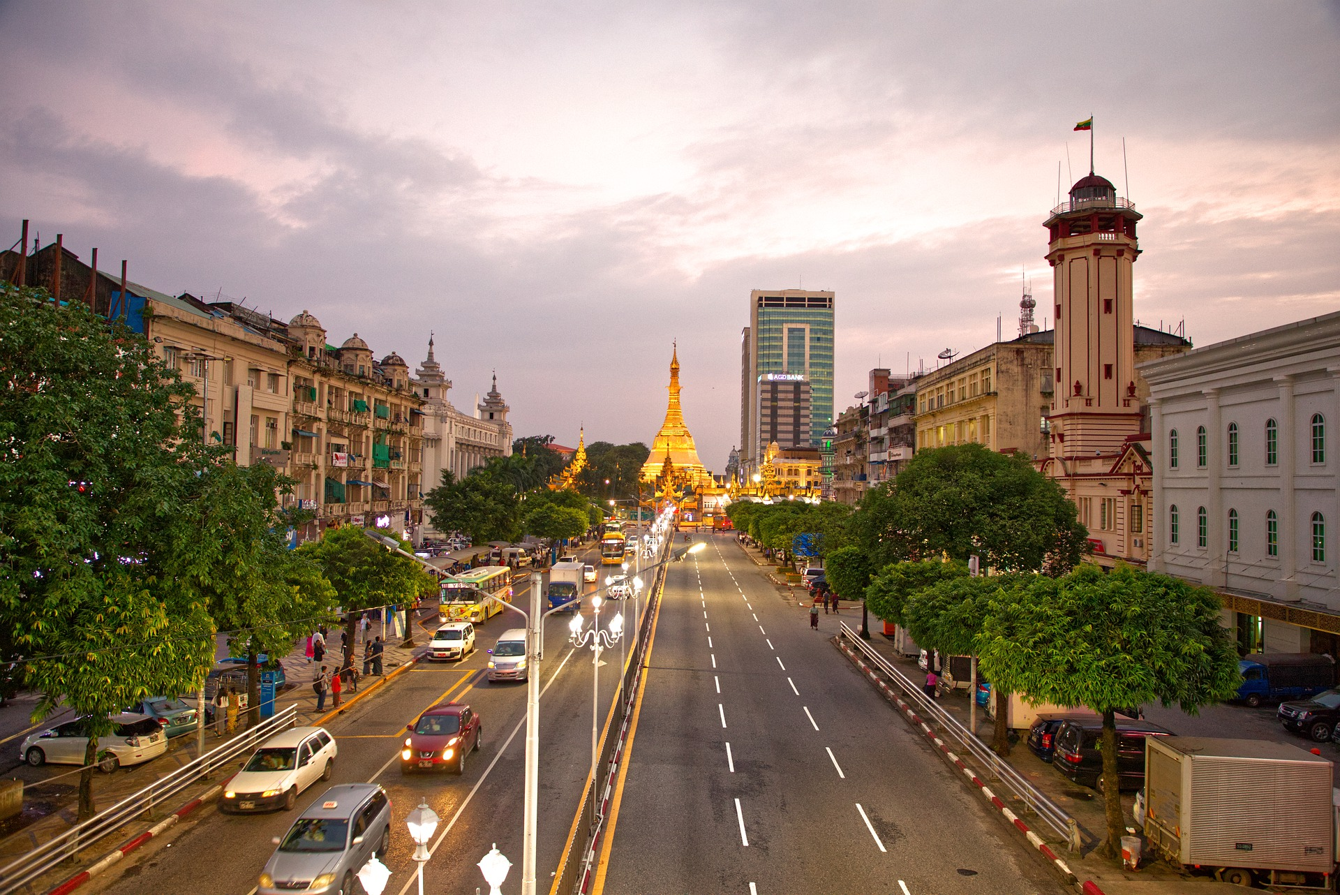 Plainclothes military prowls streets of Myanmar